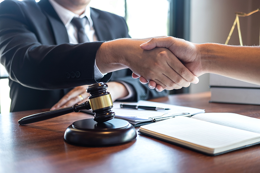 Family lawyer in Parramatta meeting a client